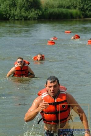 Спортивный бег на 3 км включая водную преграду